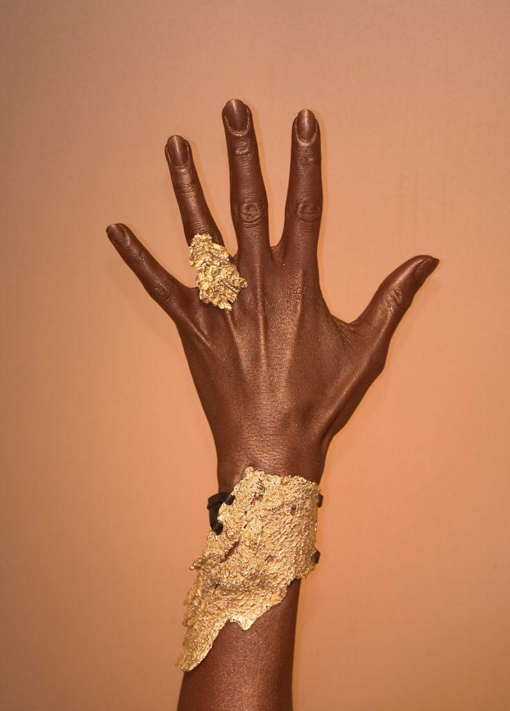 OPENER-OPTION-Mauro-Felter-gold-cuff-bangle