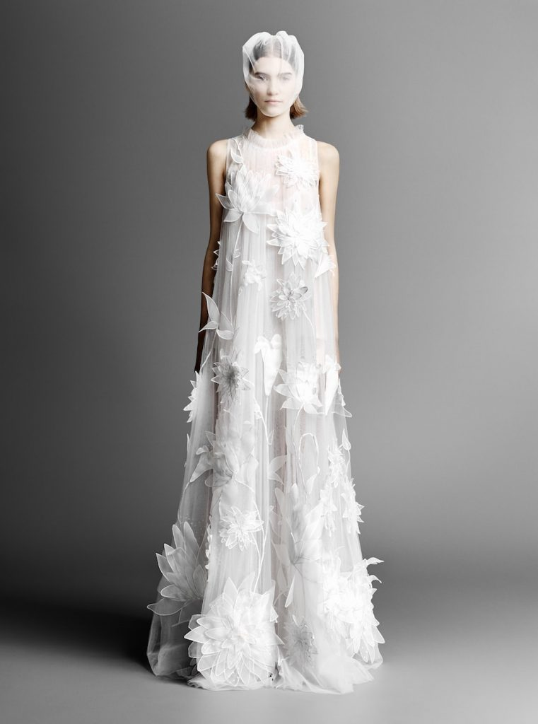 mariage-spring-summer-2019-collection-victor-rolf-white-gown